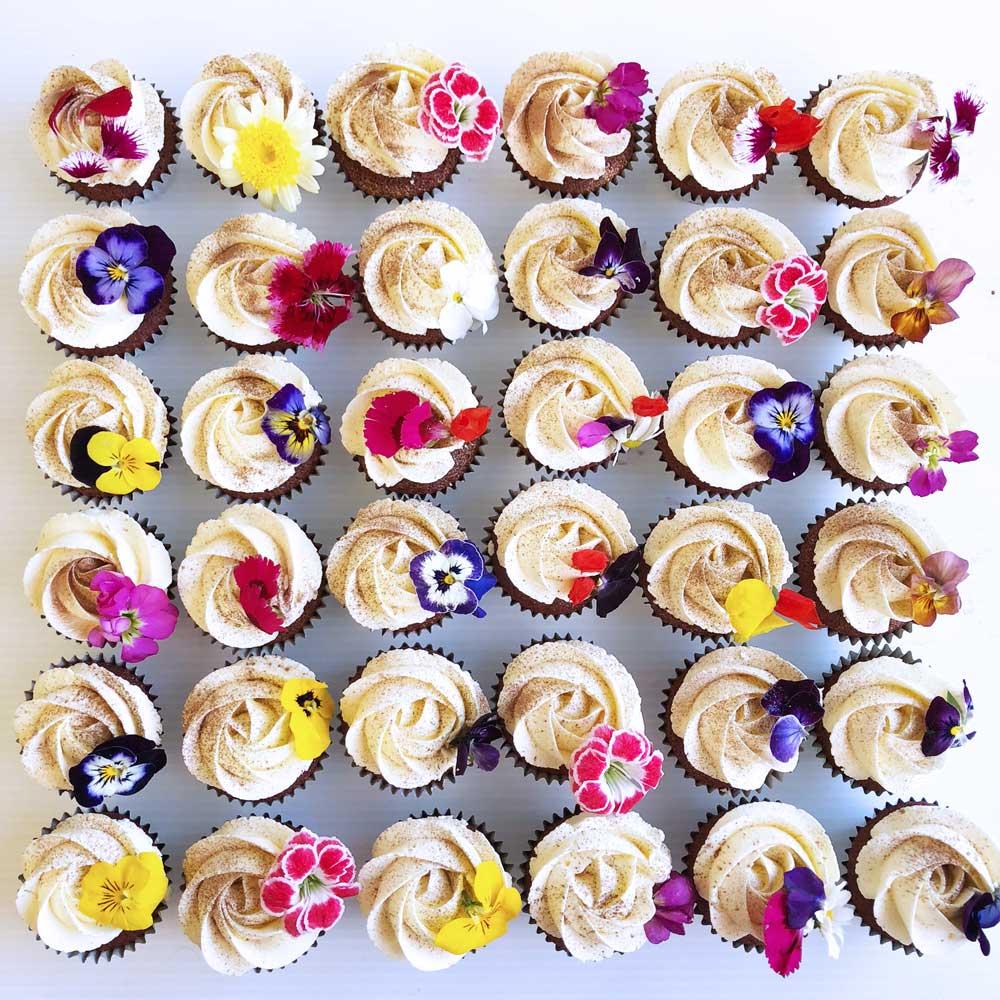 The_Little_Cake_Maker_Perth_Baker_CustomCakes_DayCakes_Slices_Tarts_Cupcakes_9.jpg