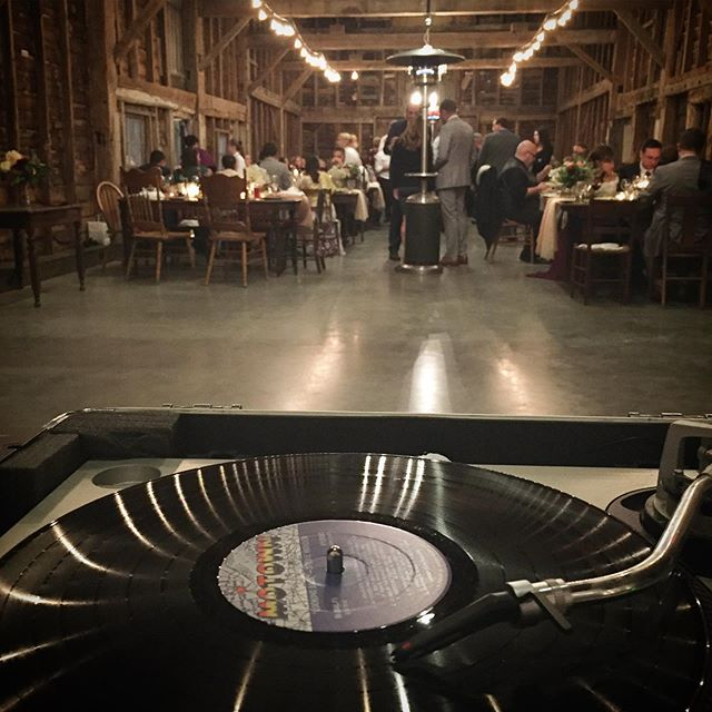 Last night's office was the lovely @crestedhenfarms (aka my second home during wedding season ☺️). Ok it was a little chilly once the sun went down, but the awesome staff at CHF hustled with the space heaters making for a cozy dinner. I love curating dinner sets for my couples, it's the one moment during their hectic day when they get to sit down together and eat something delicious and listen to music...a small glimpse of normalcy in a rather fantastical day. But of course my truest professional  delight is getting brides to let loose on the dance floor, so swipe for my mission accomplished 👍🏼😃. Thanks for all the magic @rhinecliff_event_catering, @meadowlarkstills, @rsvpbyb and a hearty congratulations to Jamie and Krista on a beautiful celebration of their love 🖤 #getdownupstate #vintagewedding #analoggirl #hudsonvalleyweddings #vinyldj