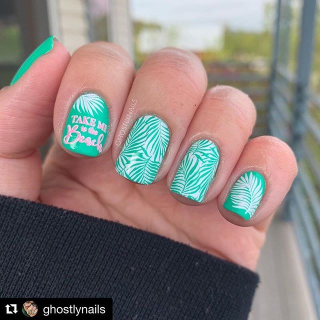 @ghostlynails using A Whole New World 🌍 ✨Available on Etsy now for $10! Link (and discount code) in bio✨ ・・・ Here's my Tropical Leaf Mani for  #glamnailschallengejune 🏝🏝🏝 Products Used: 🌺🌺🌺 @uberchicbeauty Beach Please 🏝  @simplyswirlspolish A Whole New World 💚  @hellomaniology BAM! White, and Sea Shell 🐚  How gorgeous is that base color! 😍😍😍 Did anybody else take advantage of Simply Swirls Sale? Say that 10 times fast lol Swipe to see what else I got!  I'm so in love with this green tho 💚💚💚 I love raindrops on leaves and flowers! 🌸💧 . . . . . #nails #ignails #nailsofig #nailart #nailpolish  #nailsonfleek #nailsnailsnails #nails4today #nailswagg #nailjunkie #nailstamping #simplyswirls #indienailpolish #supportindies #nail2inspire #polishnsuch #nailfeature #nailstamping #nailspolish #nailartoohlala #instanails #nailitdaily #nailstoinspire #stampingnailart #nailstagram #indieswatch #nailstampingart #indiesdoitbetter #indiepositivity