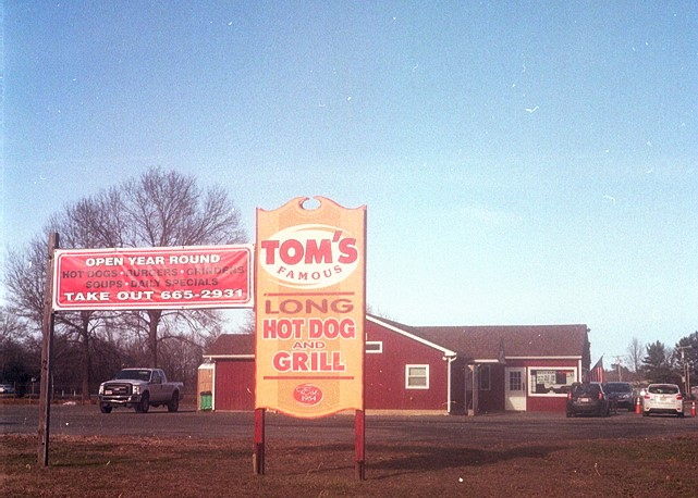 Tom's Hot Dogs, Whately, MA