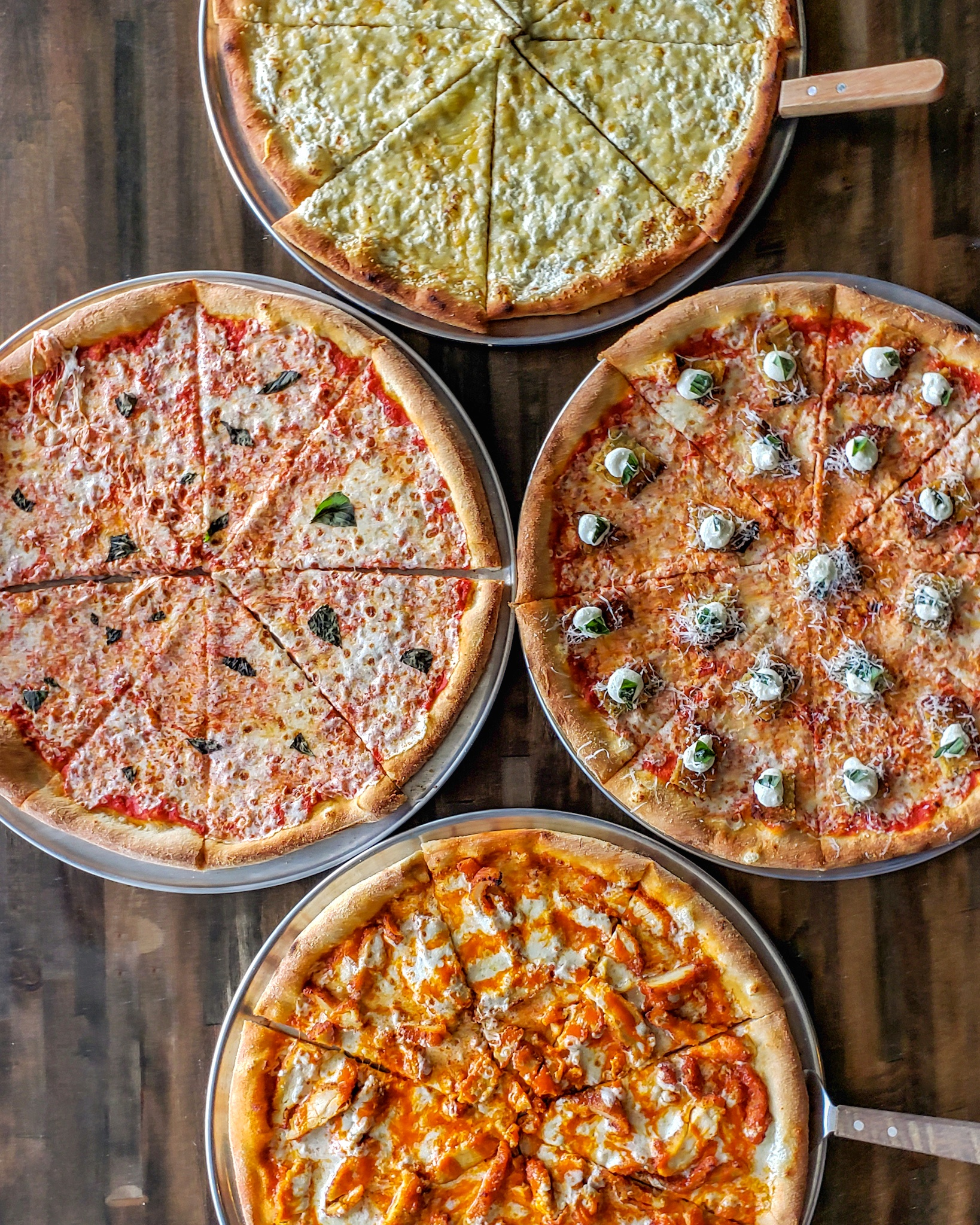 Brick Oven Pizza - Fresh pie made to order! Choose from one of our carefully selected gourmet pizzas or make your own and pick from a list of fresh toppings.