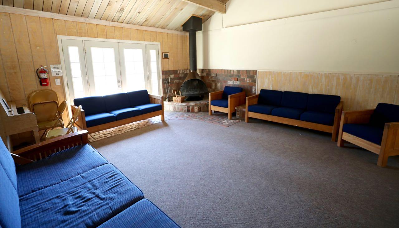 Manzanita Lodge - meeting space