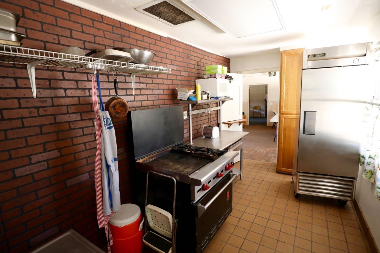 Manzanita Kitchen - view B