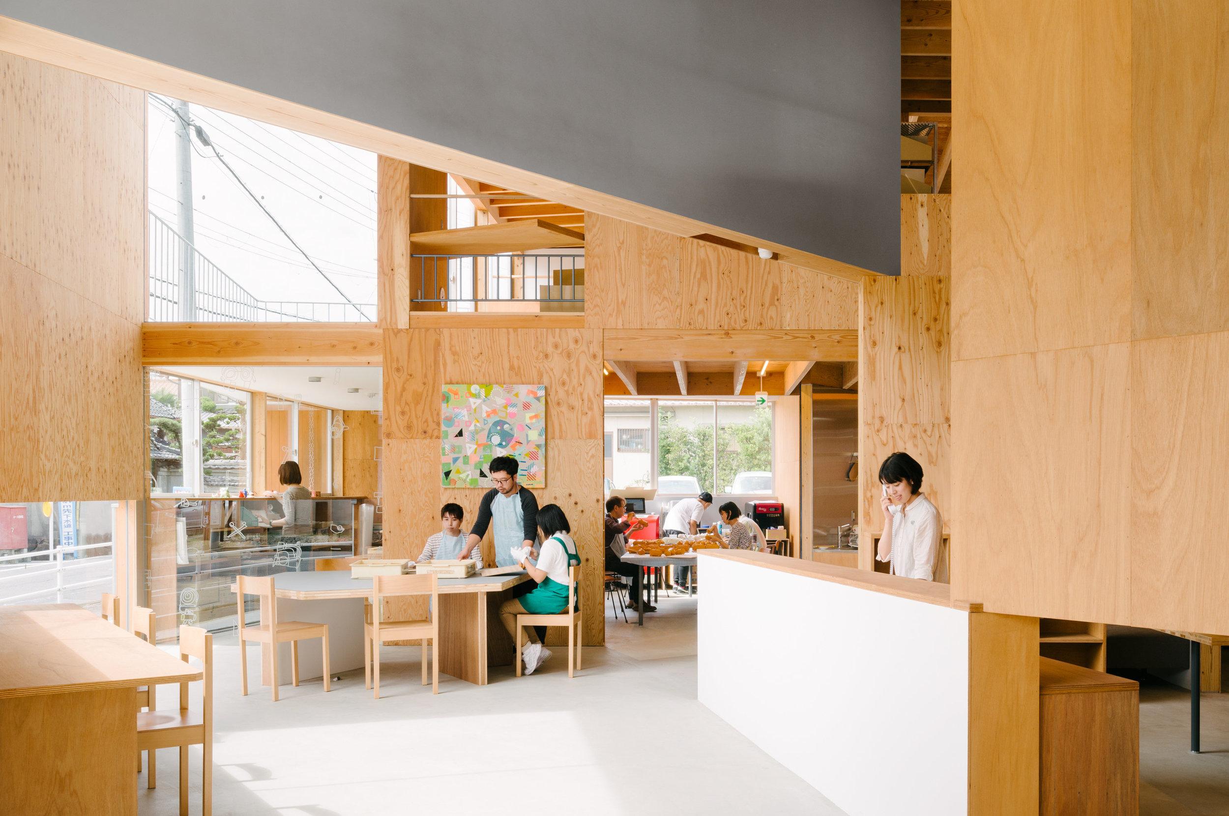 2018年度JIA新人賞受賞 - Good Job! Center KASHIBA/STUDIOで、JIA新人賞を受賞しました。http://www.jia.or.jp/news/detail.html?id=1039