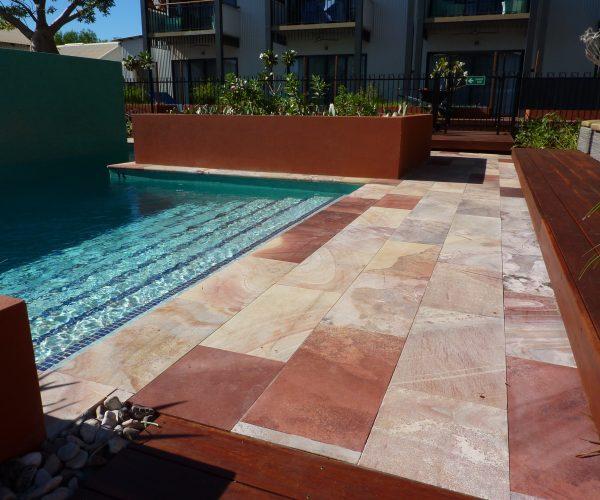 Pinctada-Resort-WAVE-Rock-Tiles-323s5sg3ke1kk30x70cr28.jpg
