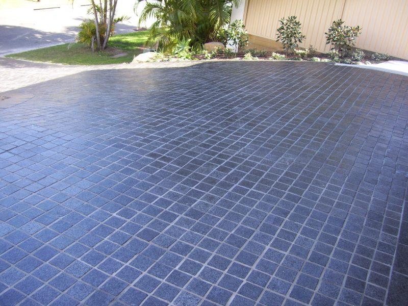 Graphite-Granite-Cobbles-323s09o4p8wsyn3tzw24n4.jpg