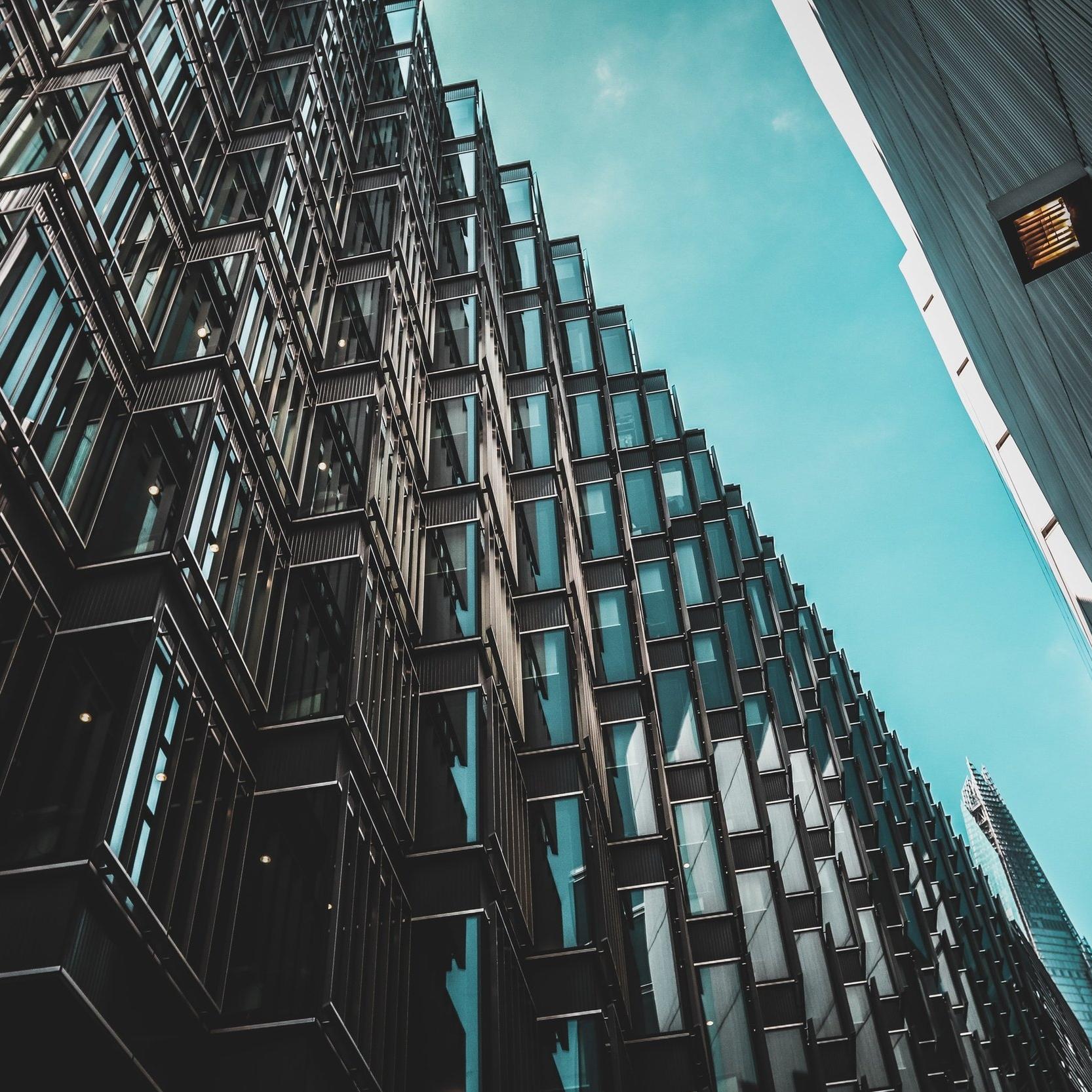 VASTGOED - Voor al je vragen over vastgoed- en bouwrecht.