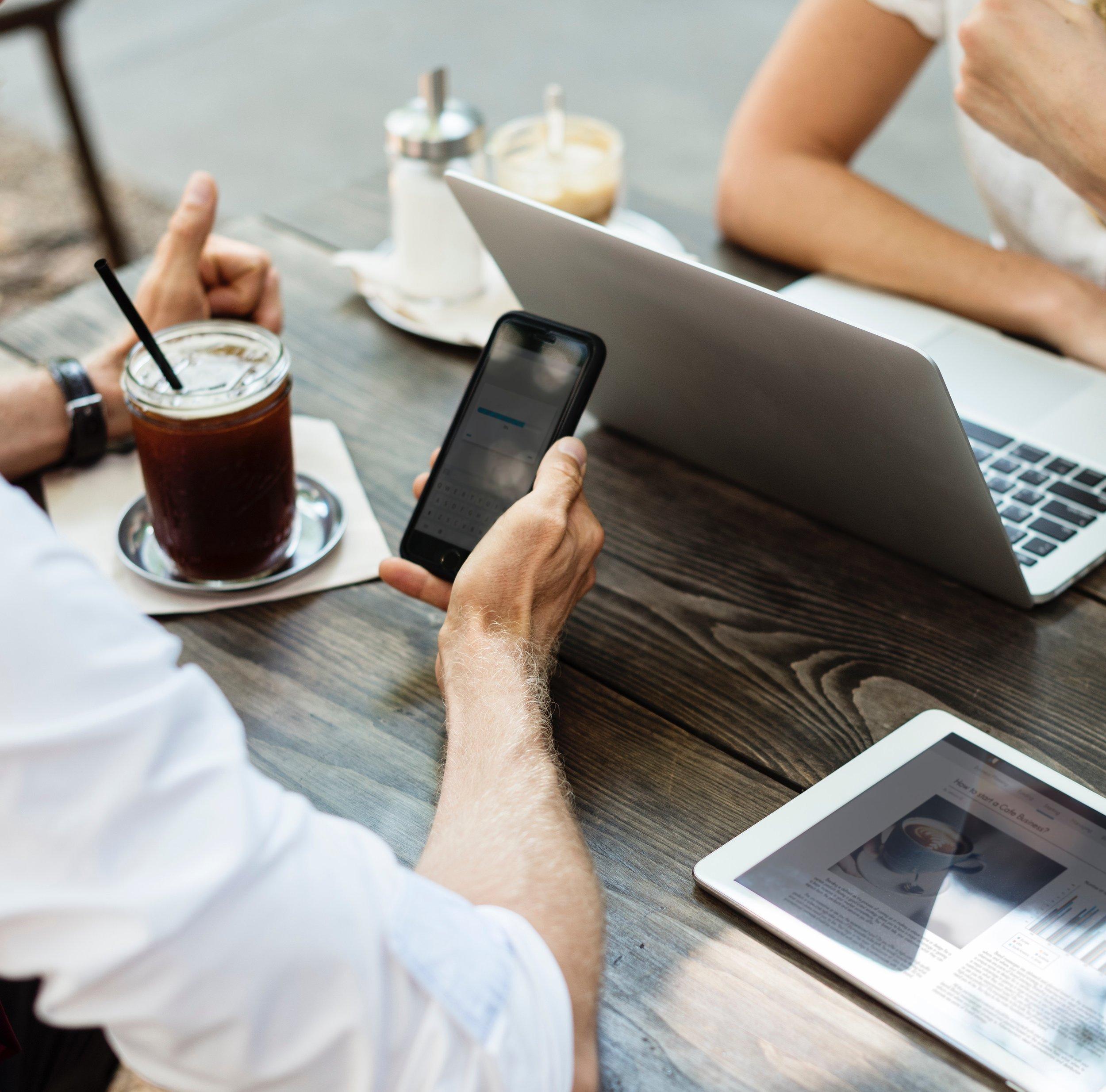 VENNOOTSCHAP - Voor al je vragen over vennootschappen, M&A en contracten.