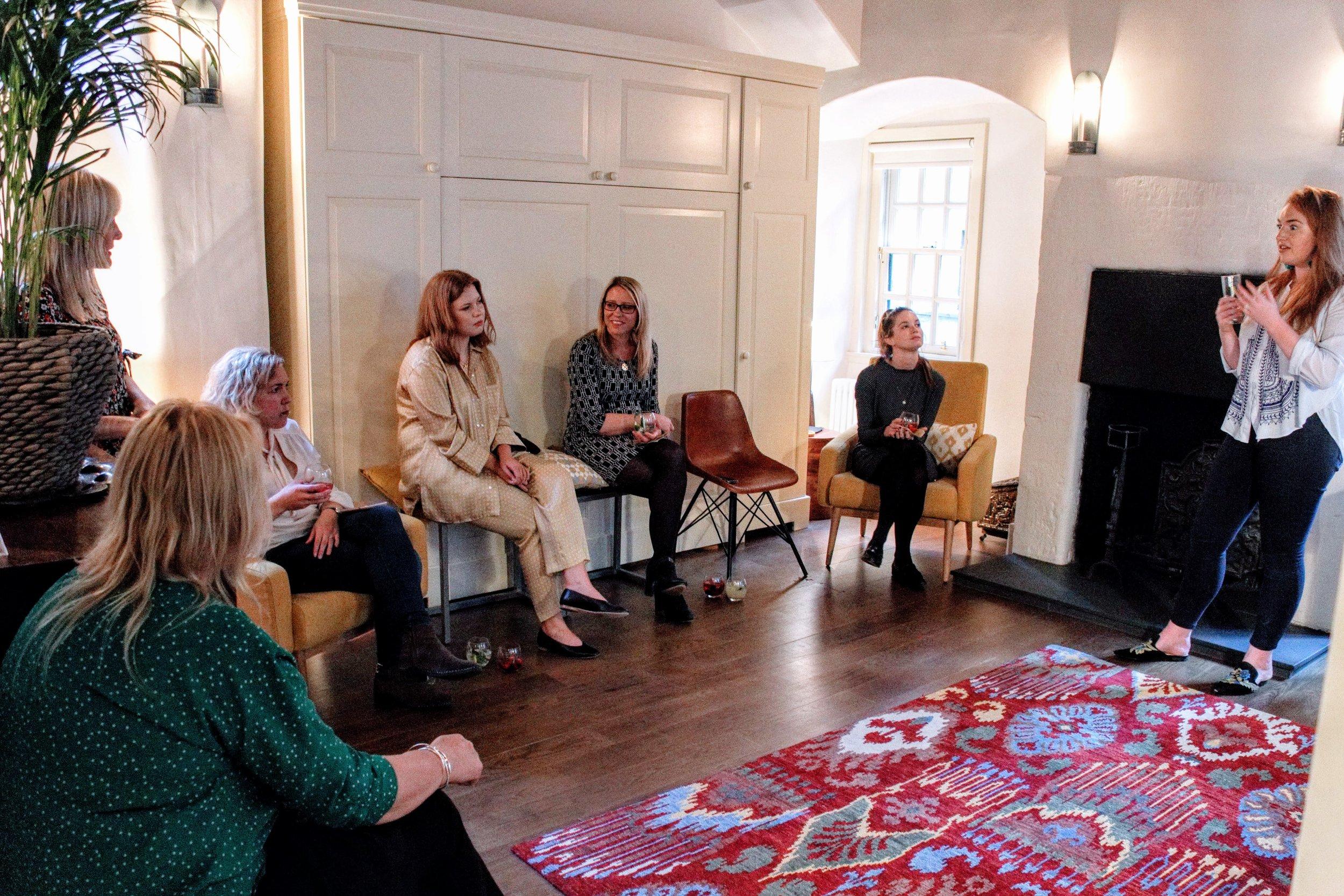 Airsorted Event June 14 - Saffron Hodgson hosting interiors talk.jpg