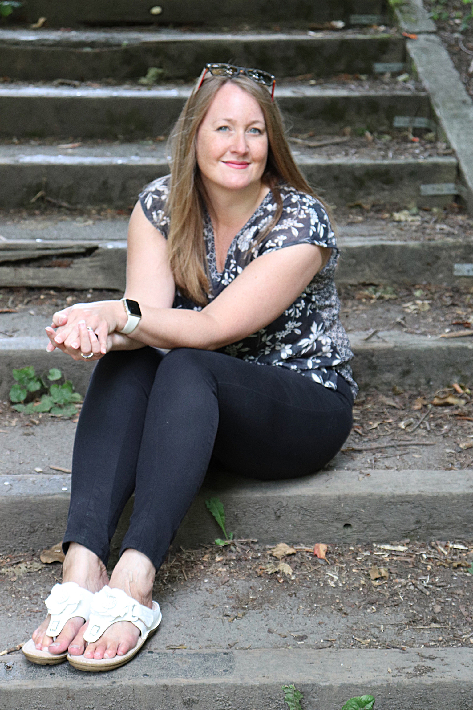 - Hi, I'm Fay!I'm a business coach and adviser and I'm here to help you grow your business with clarity and confidence.I've worked with business owners just like you for over 20 years.I know that you started your business for flexibility and satisfaction and to live your purpose. You have a fabulous business idea that your ideal clients should love.But you're frustrated becuase it now feels daunting and overwhelming - there's so much to do and you're just not sure if all these things you're doing are the right things.I do know how you feel, and I'd love to take you from this confusion to creating a clear direction to develop the business you've always had in mind.