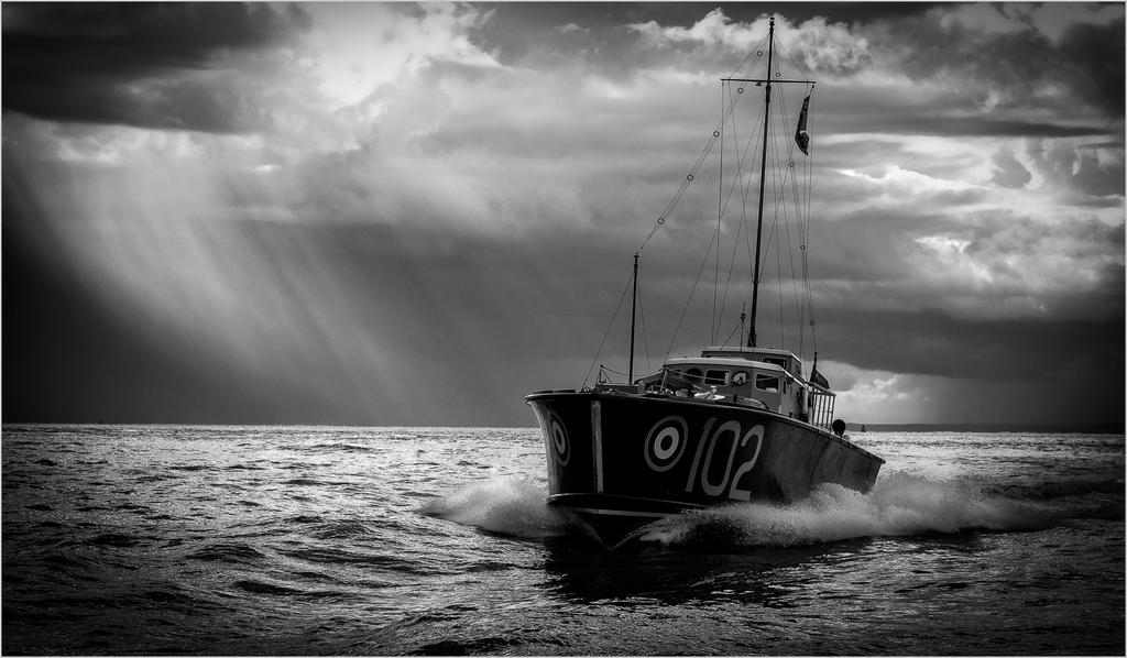 102 Heading Home ©John Livy LRPS