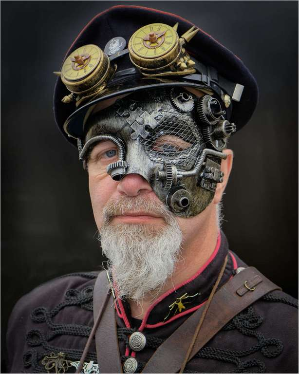 Steampunk Tom © Brian Adkins