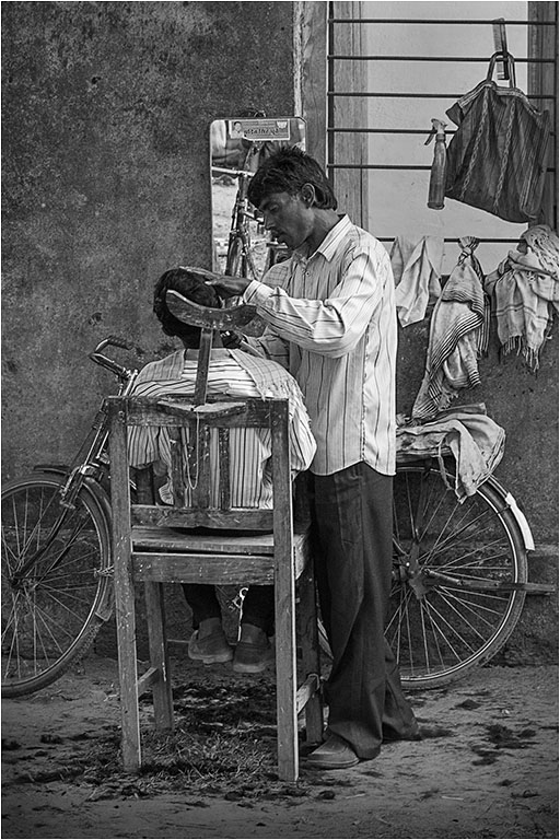 MOBILE HAIRDRESSER © Ian Francis ARPS DPAGB