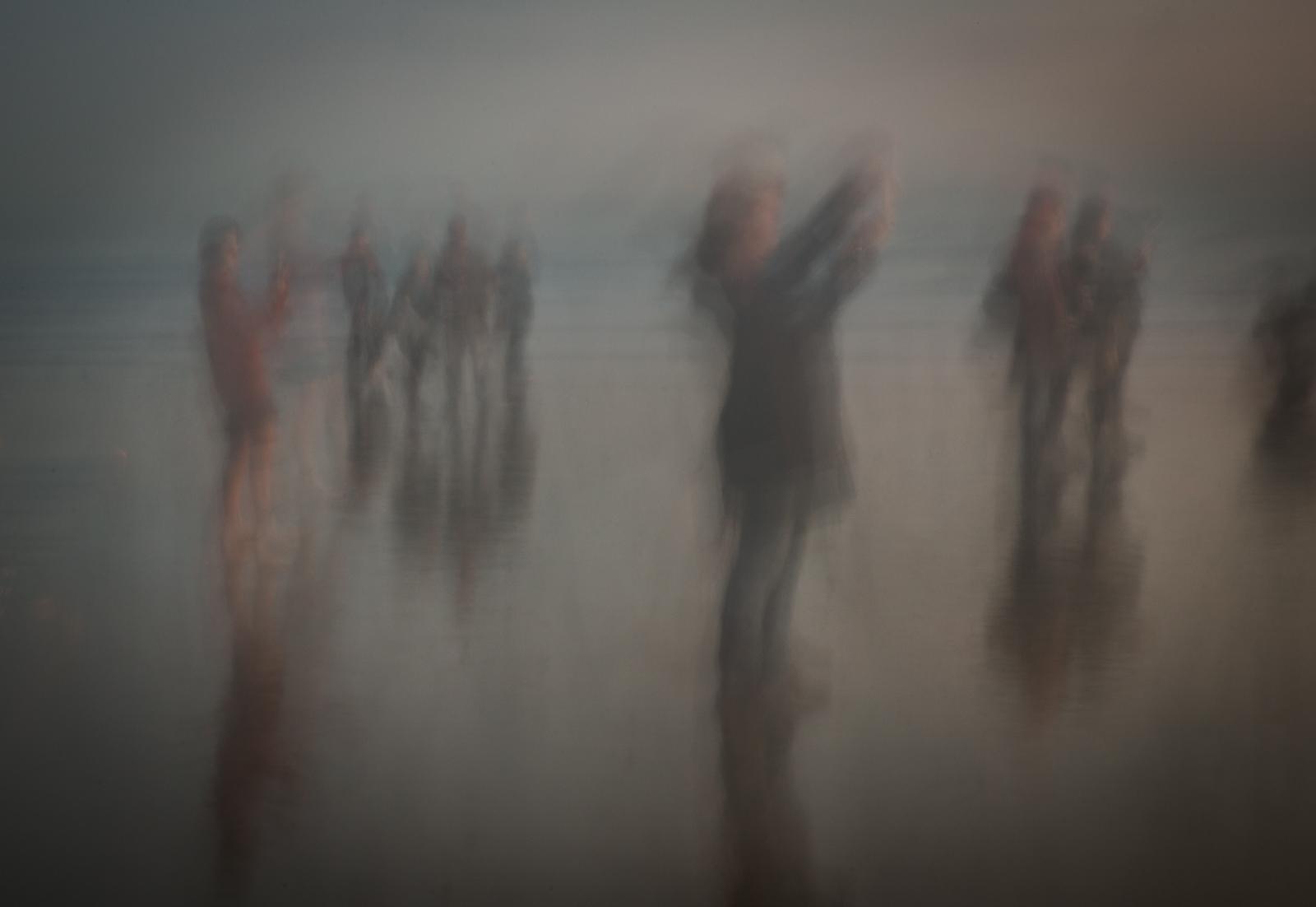 241_Beach Scene_Nicky Pascoe ARPS.jpg
