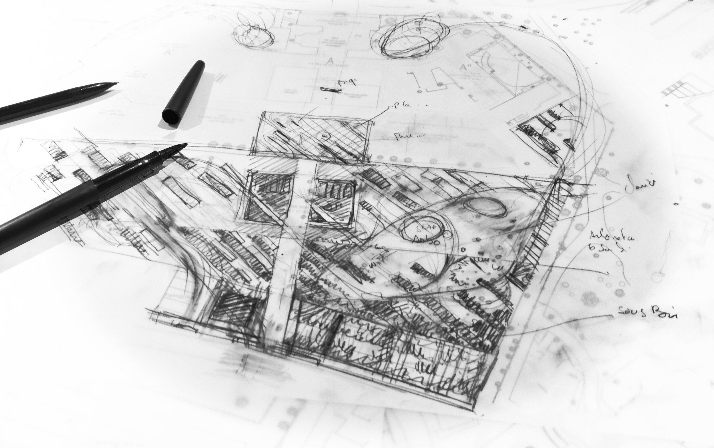 Une recherche permanente d'idées - Notre point de départ est la compréhension des besoins du client et la façon dont un espace sera utilisé. L'objectif est la création d'extérieurs à la fois fonctionnels et élégants.Au-delà d'une simple composition, nous travaillons sur les points de vue, les cadrages, les lignes, les axes, l'éclairage, le mobilier et les espaces avec la volonté de créer du sens entre l'intérieur et l'extérieur, entre le site et son territoire.Du concept initial de design que nous développons vient s'additionner un large éventail d'autres compétences, notamment la modélisation 3D.