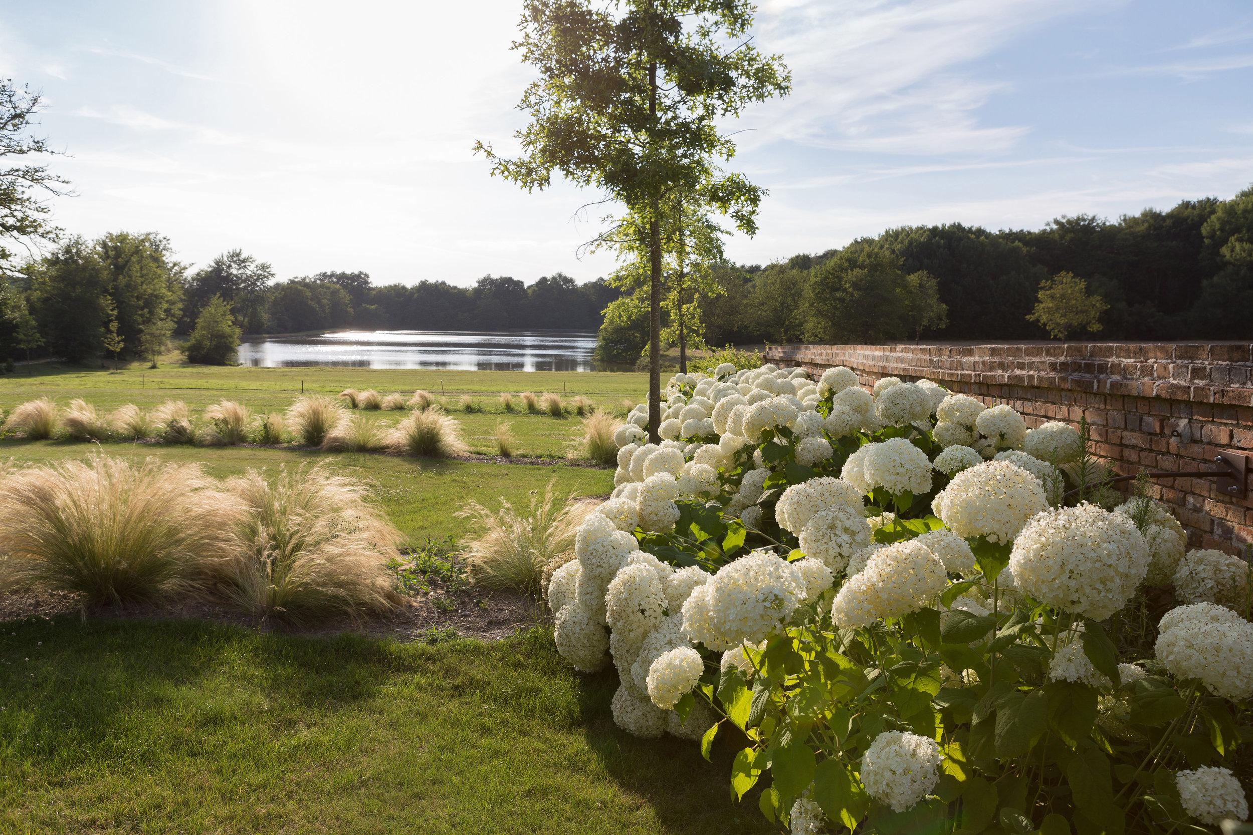 vouzon_private_garden_terraces_gardens_christophe_gautrand_landscape_outdoor_designer_8.jpg