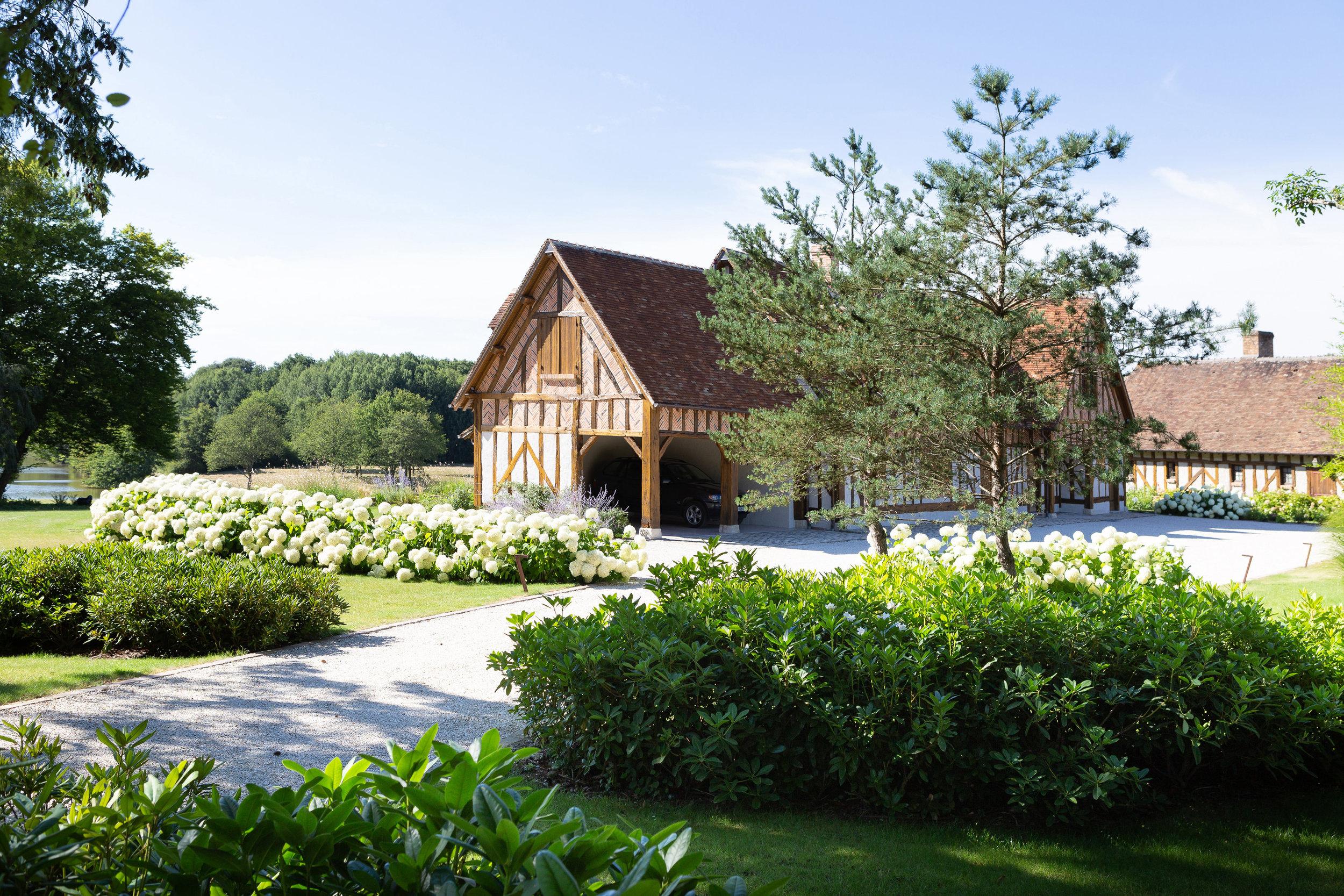 vouzon_private_garden_terraces_gardens_christophe_gautrand_landscape_outdoor_designer_10.jpg