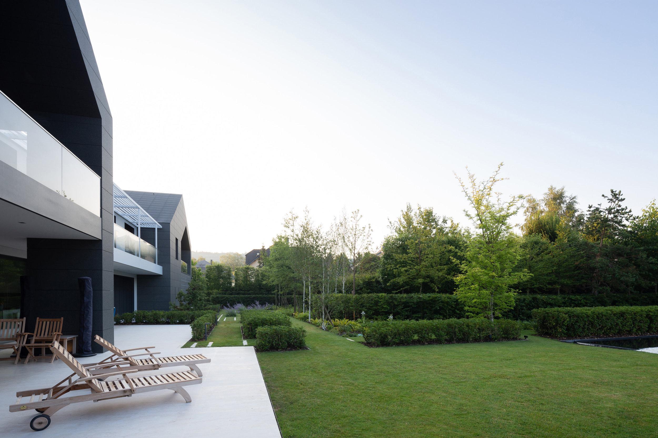 luxembourg_terraces_gardens_outdoor_landscape_designer_christophe_gautrand_2.jpg