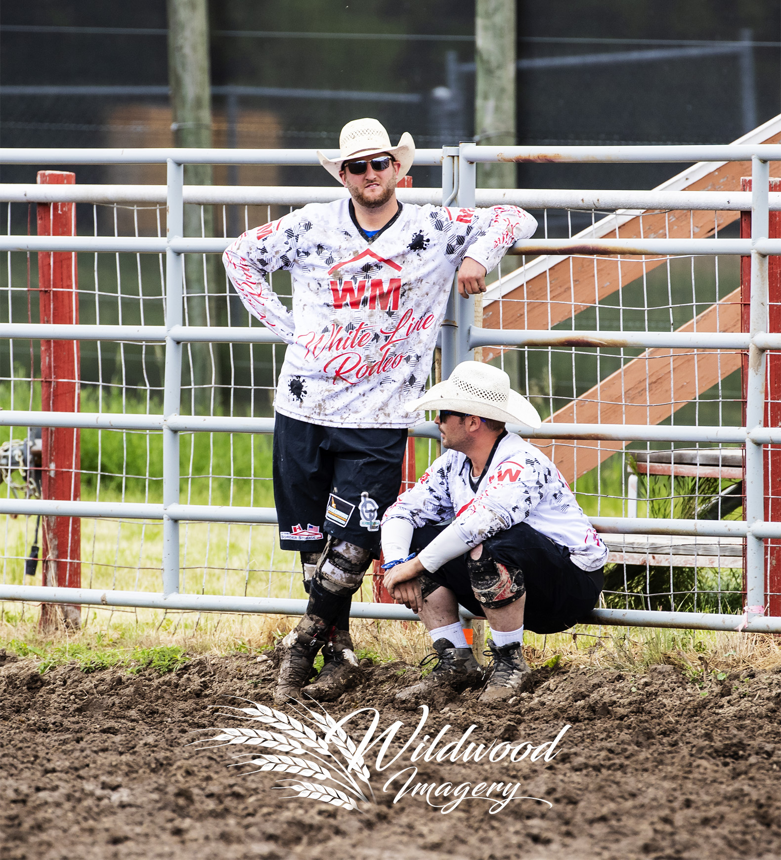 LOGAN HOFER competing at the Sun Perf - Couttsgrass Rodeo in Coutts, Alberta, Canada on June 17, 2018. Photo taken by Wildwood Imagery / Chantelle Bowman.