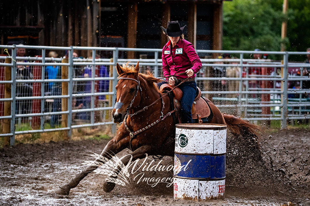 LINDSAY BEACH competing at the Sat Perf - Couttsgrass Rodeo in Coutts, Alberta, Canada on June 16, 2018. Photo taken by Wildwood Imagery / Chantelle Bowman.