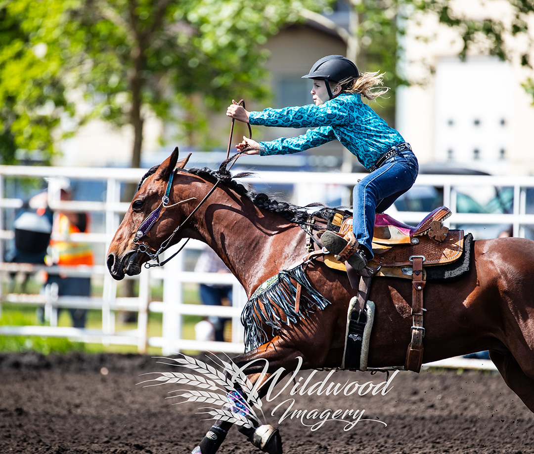 JAYDA SONGHURST competing at the  in Tofield, Alberta, Canada on June 02, 2018. Photo taken by Wildwood Imagery / Chantelle Bowman.