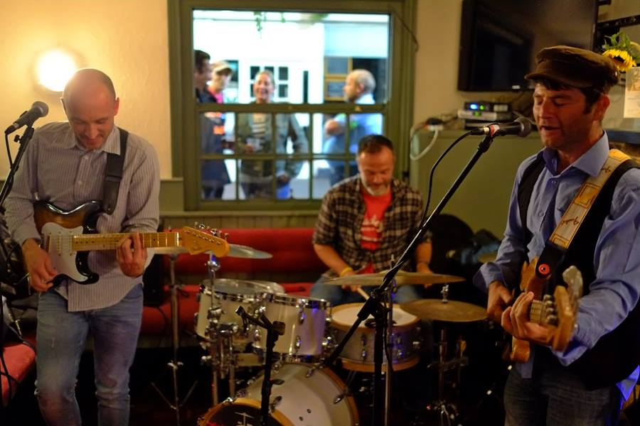 Jazztone Trio.jpg