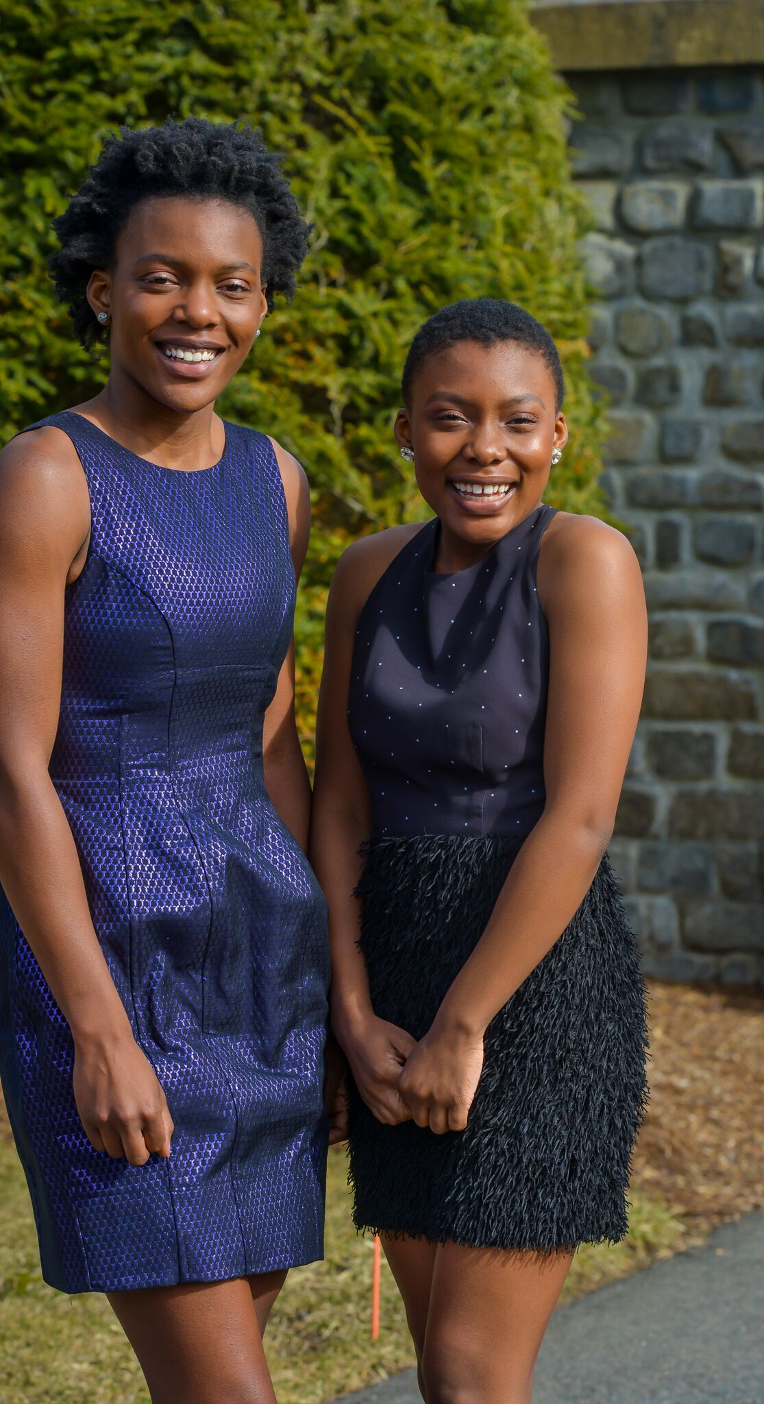 Olayeni & Oladunni - The Oladipo Sisters