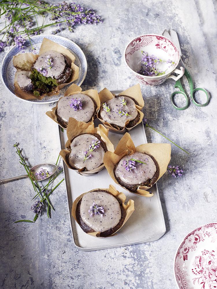 7858_spinach lavendercupcakes62318.jpg