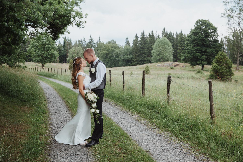 Fotografmatilda_tranemo_bröllopsfoto_fotografering_asarpskyrka_limmared-8.jpg