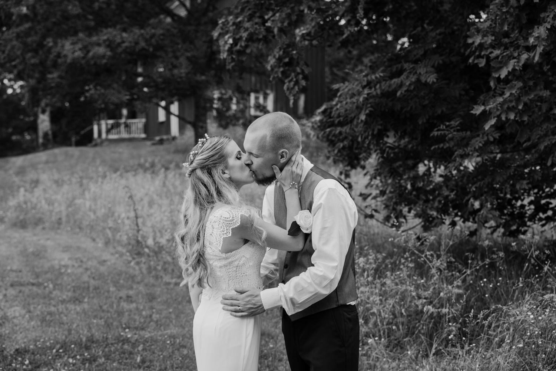 Fotografmatilda_tranemo_bröllopsfoto_fotografering_asarpskyrka_limmared-10.jpg