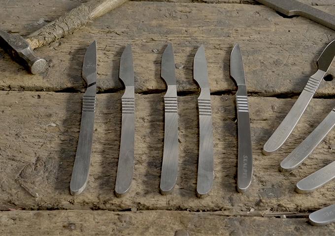 Skalpel-group-on-workbench.jpg