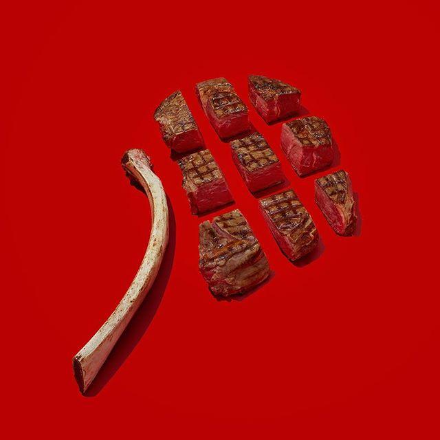 SKALPEL ✖️ Tomohawk . . . . #steak #tomohawksteak #steakdinner #steakporn #handmadeknife #kitchentools #chefsofinstagram #artisan #knifes #chef #handmadeinlondon #craftsman