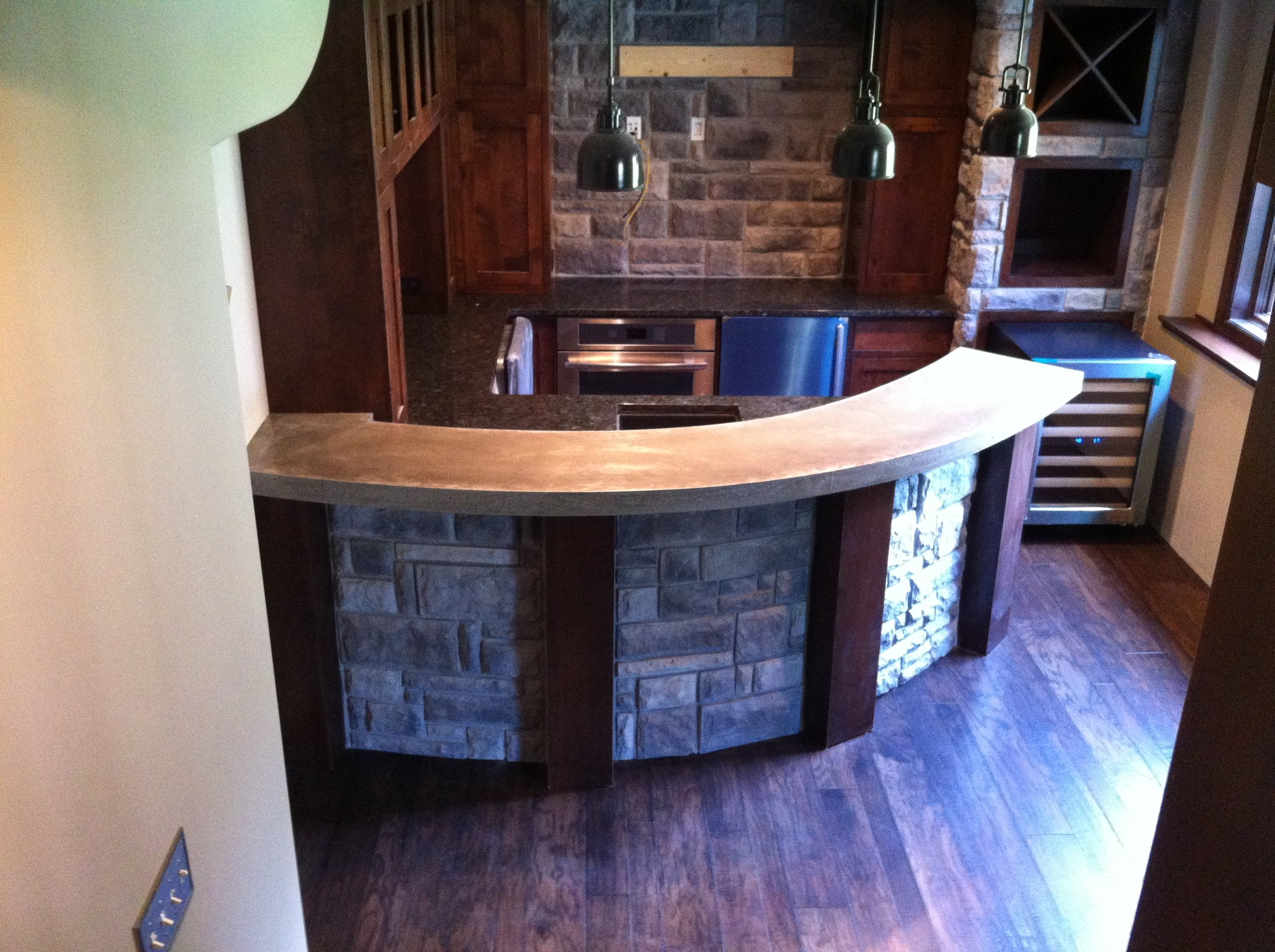 Concrete Bar Top – The Concrete Moon