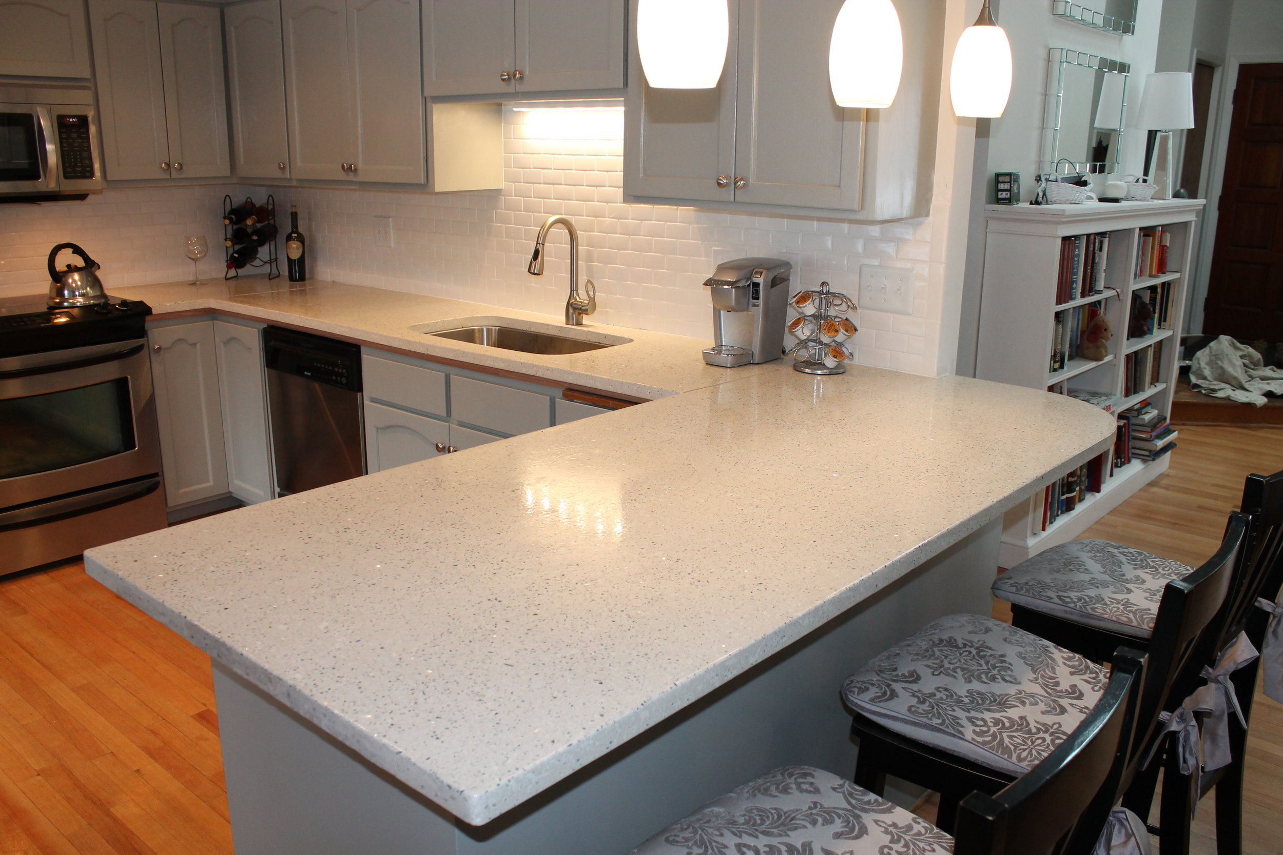 Concrete countertops with recycled glass aggregate