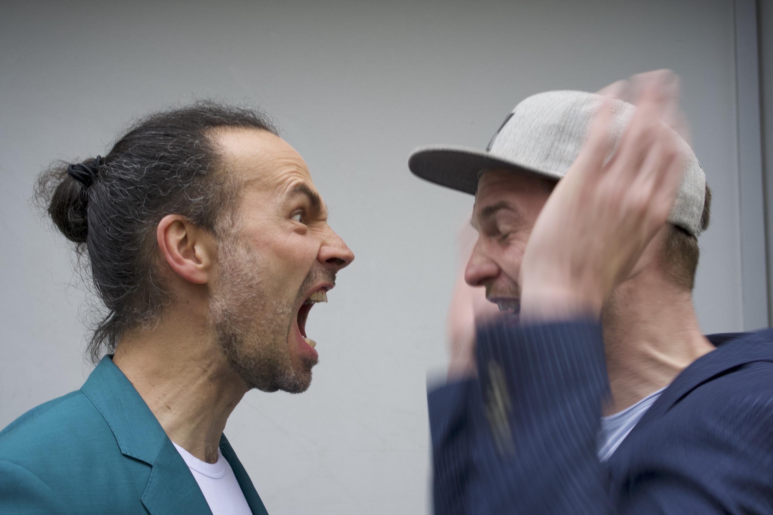 """""""Am Samstag wird verlost, KLAR?!"""" - Outtake vom Fotoshooting neulich (Foto: David Eberhard)"""