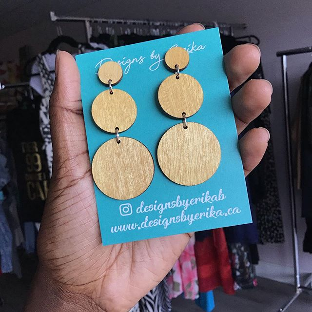 Welcome to the @artisanaldesignco family @designsbyerikab ❤️ Soo many varieties and options to choose from. Nickel free and light weight, y'all are gonna love these. Visit us in-store before their gone 💃🏾 . . . . . . . . . . . . . #handmadeearrings #woodearrings #artisanmade #locallymade #femalejewelers #dropearrings #tierearrings #kitchenerhandmade #artisanaldesignco #localbusiness #kwhandmade #shoplocal #ootd #trendyoutfits #trendyclothes #trendyearrings