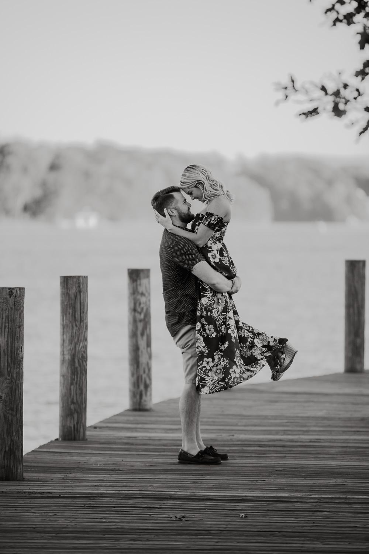 Smith Mountain Lake - Engagement - Virginia - Weddings - Wedding Photographer - Pat Cori Photography-8.jpg