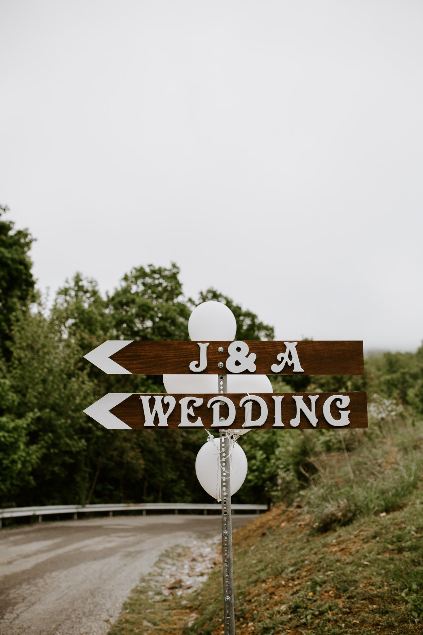 House Mountain Inn - Weddings - Lexington - Virginia - Best Wedding Photographer - Pat Cori Photography-2.jpg