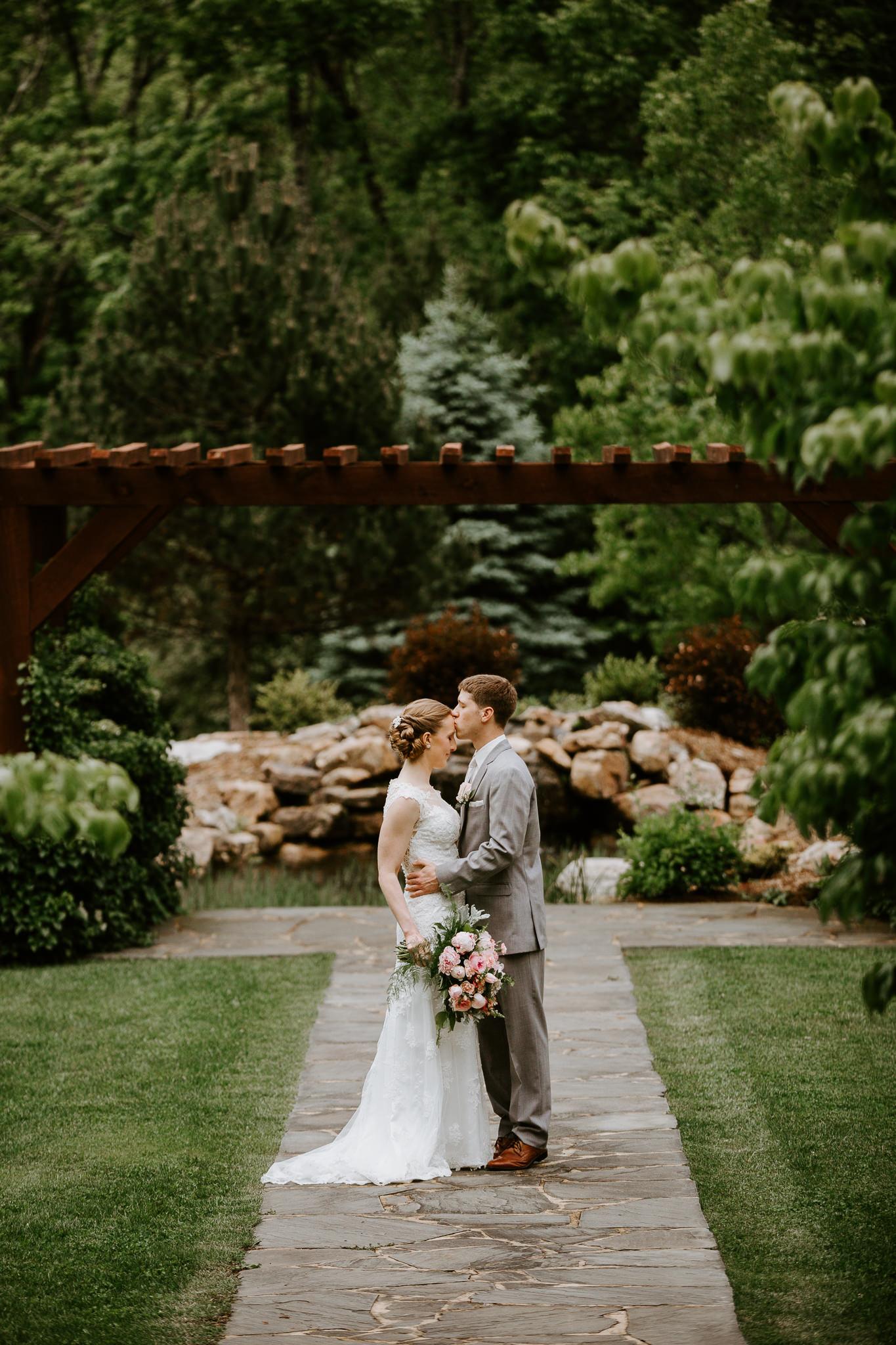 House Mountain Inn - Weddings - Lexington - Virginia - Best Wedding Photographer - Pat Cori Photography-32.jpg