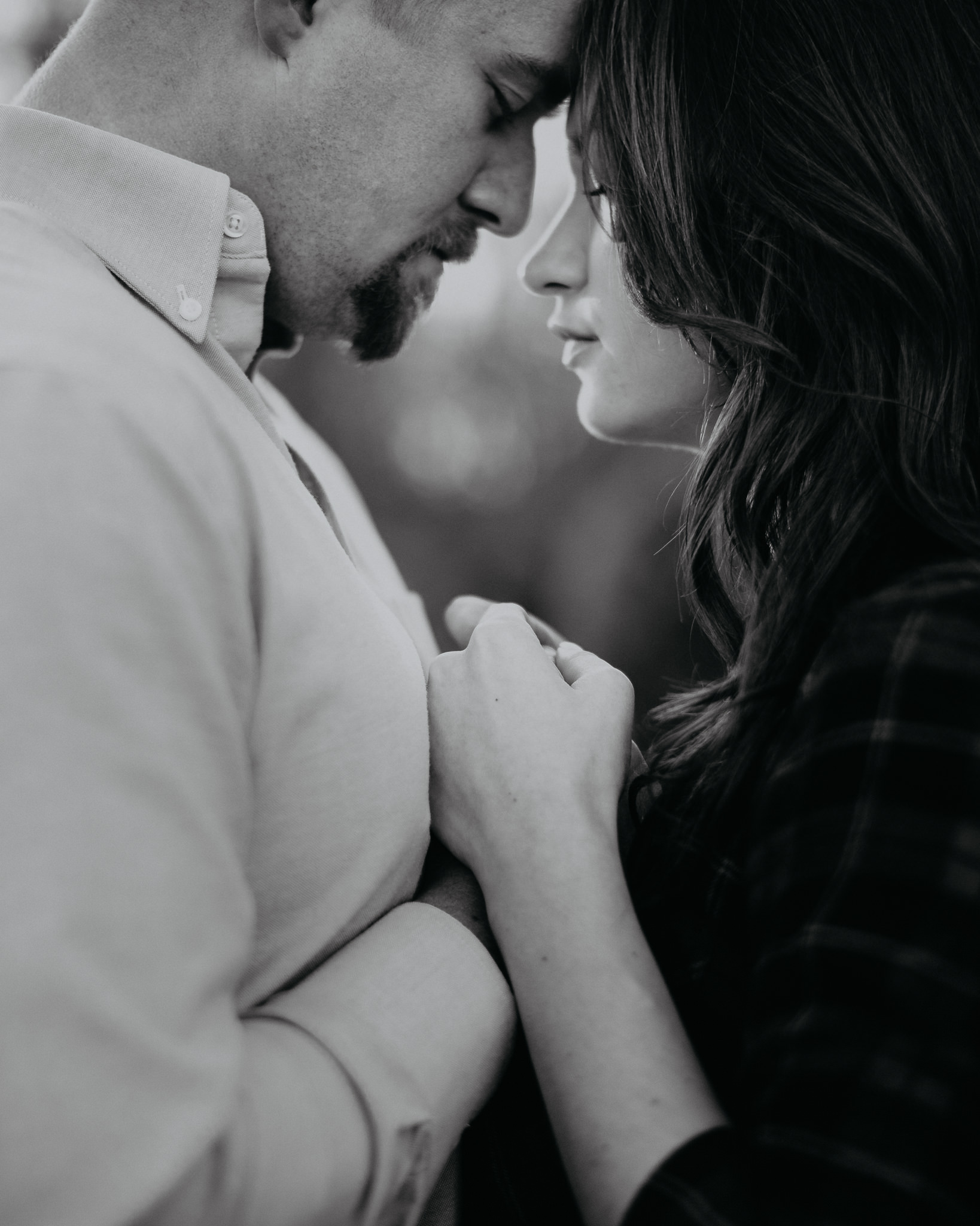 Engagement - Tree picking - Wedding Photographer - Virginia - Best - Pat Cori Photography-16.jpg