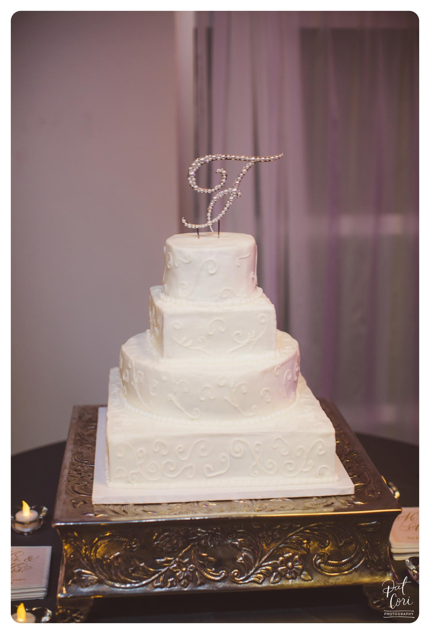 Center-in-the-Square-_-Weddings-Wedding-Photographer-Virginia-041.jpg