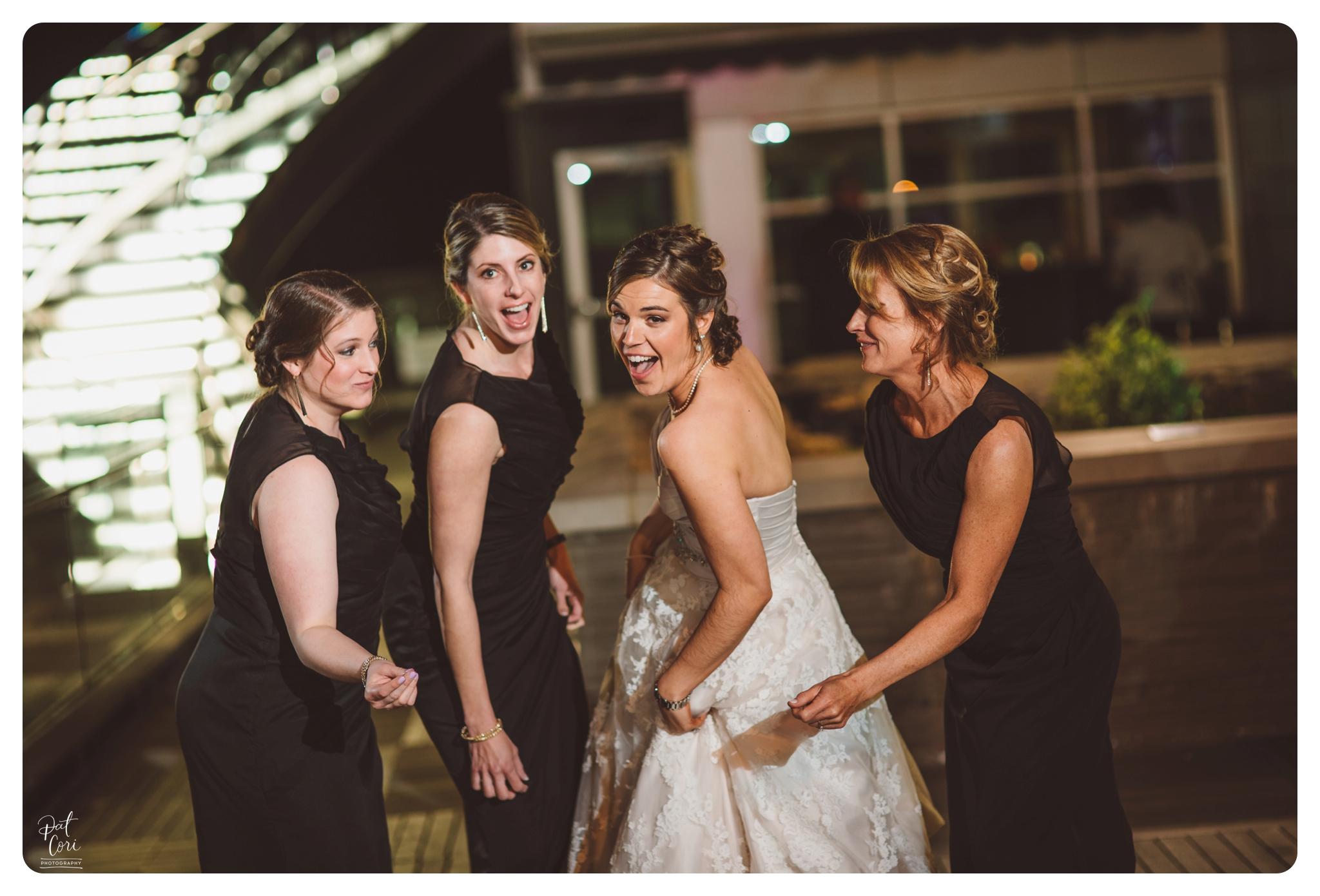 Center-in-the-Square-_-Weddings-Wedding-Photographer-Virginia-043.jpg