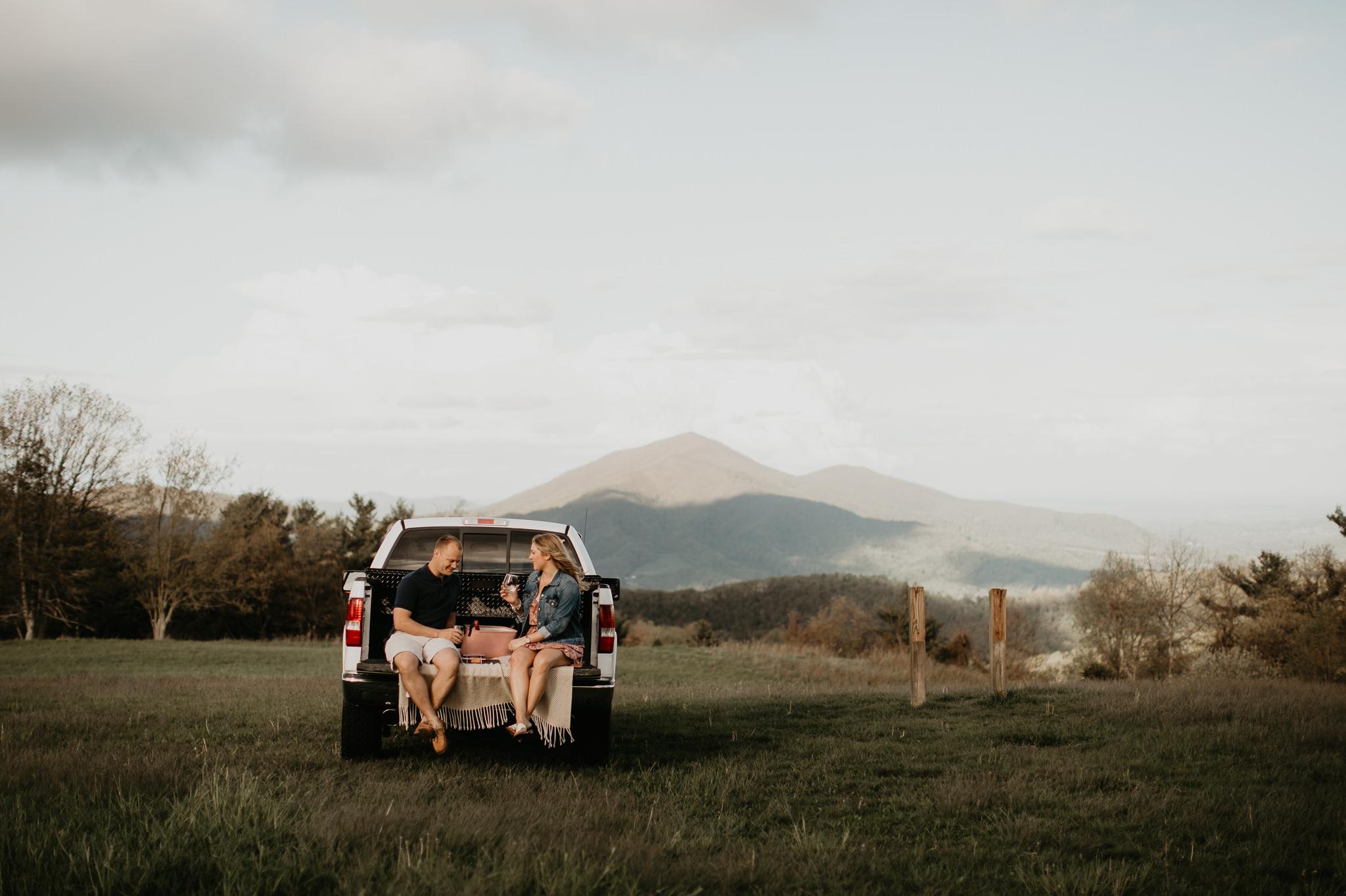 Engagement - Blue Ridge Mountains - Virginia - Wedding Photograp