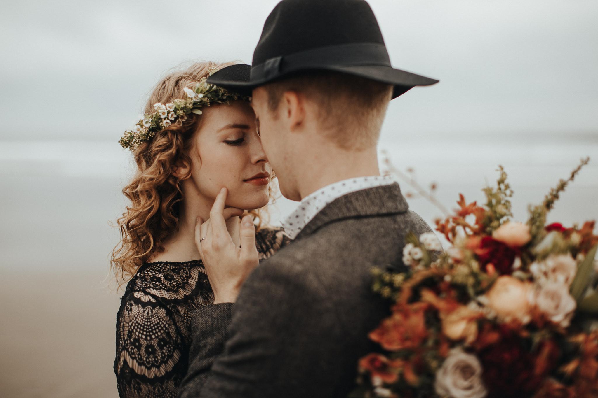 Cape Kiwanda - Elopement - Oregon - Wedding Photographer - Pat Cori Photography-12.jpg