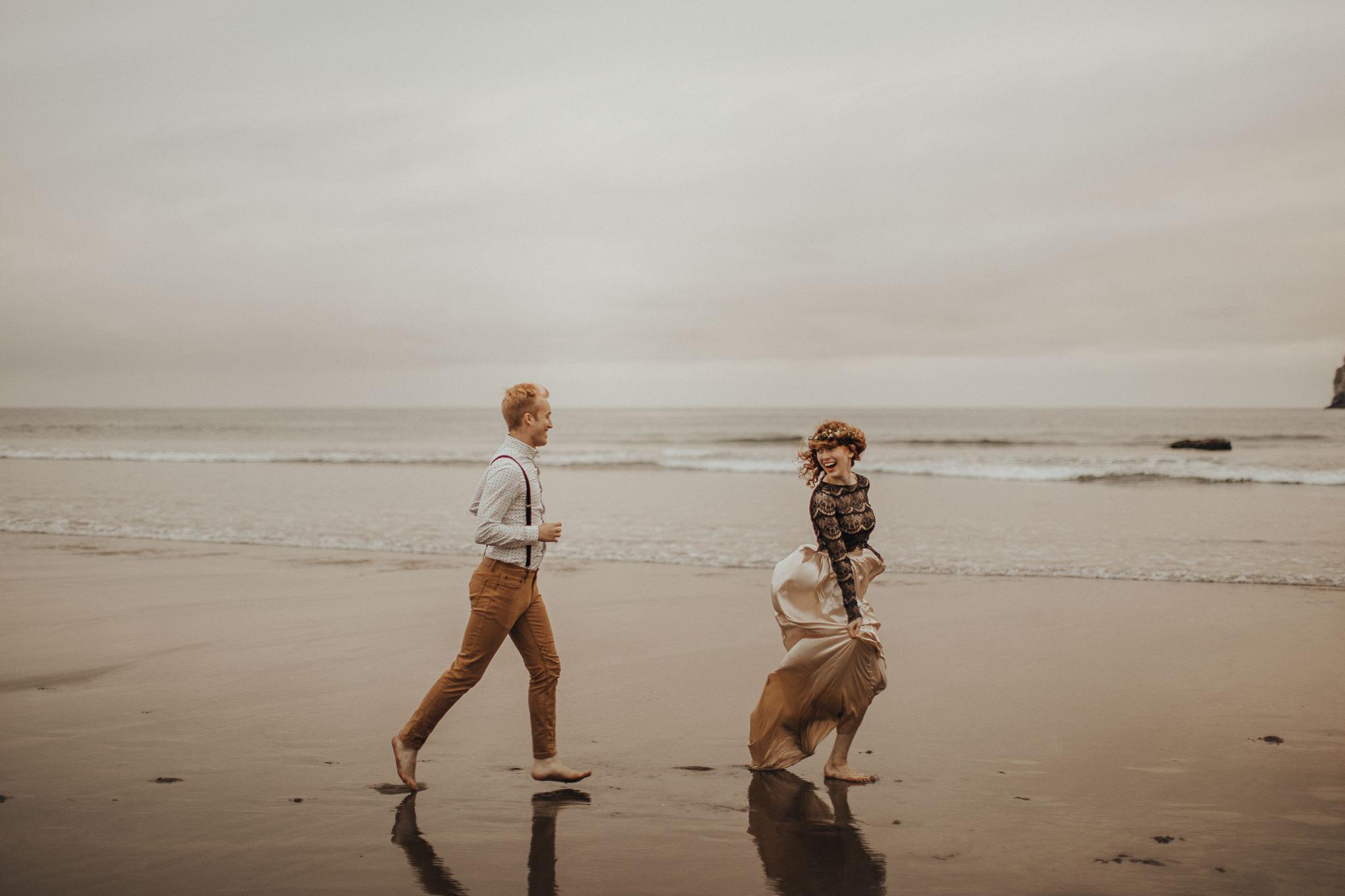 Cape Kiwanda - Elopement - Oregon - Wedding Photographer - Pat Cori Photography-74.jpg
