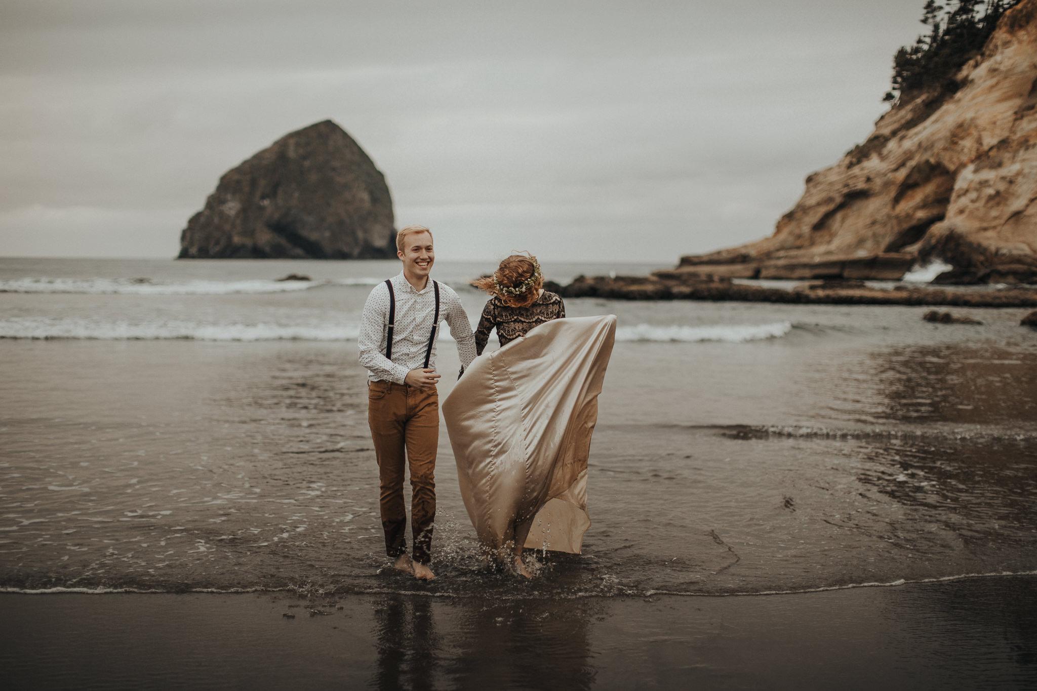 Cape Kiwanda - Elopement - Oregon - Wedding Photographer - Pat Cori Photography-82.jpg