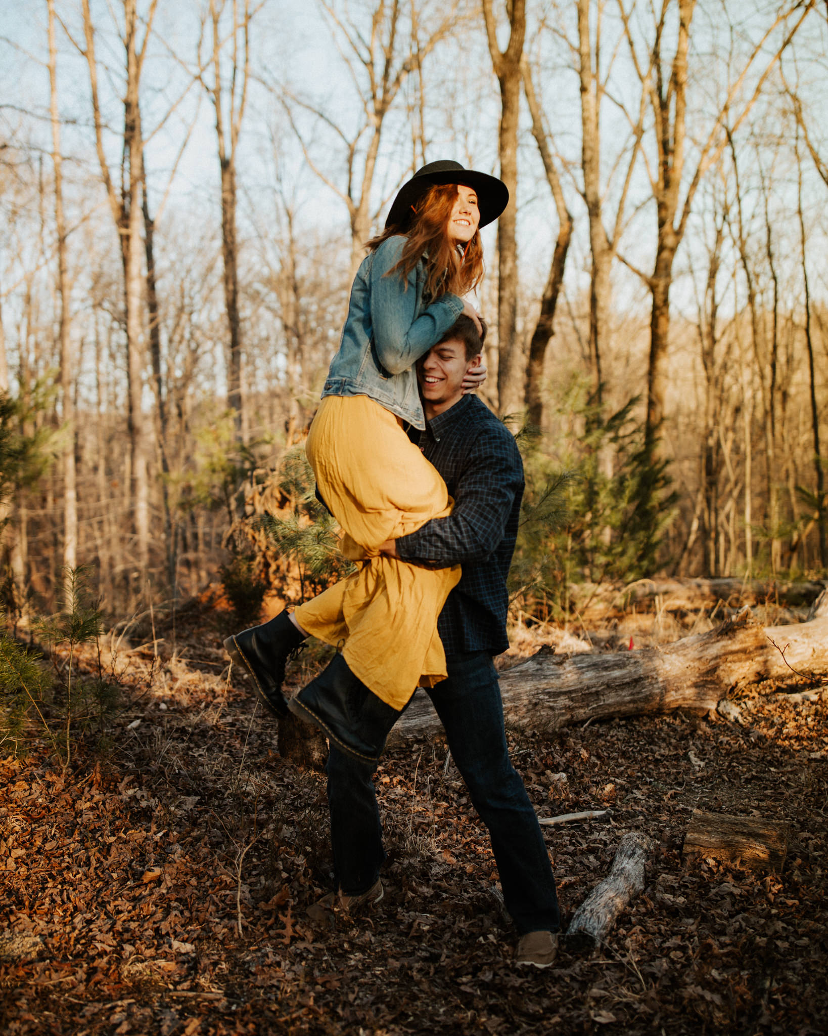 Virginia Engagement Photographer - Elopements - Pat Cori