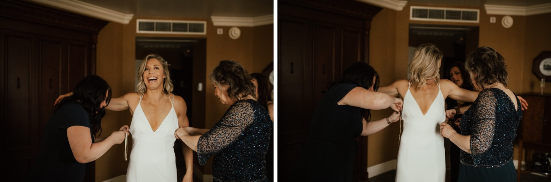 07_The Penthouse - Pat Cori Photography - Virginia Wedding Photographer-14_The Penthouse - Pat Cori Photography - Virginia Wedding Photographer-13_bride_hotelroanoke_gettingready_roanoke_PatCoriPhotography_details.jpg