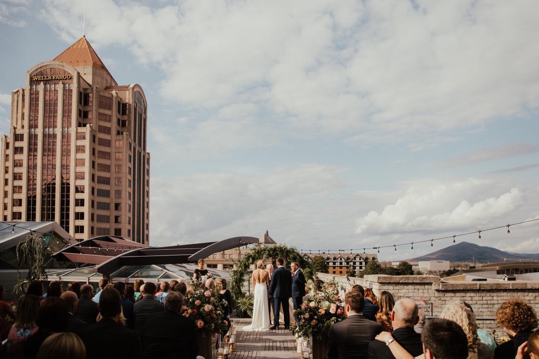47_The Penthouse - Pat Cori Photography - Virginia Wedding Photographer-95_Wedding_Ceremony_PatCoriPhotography_roanoke_rooftop_thepenthouse.jpg