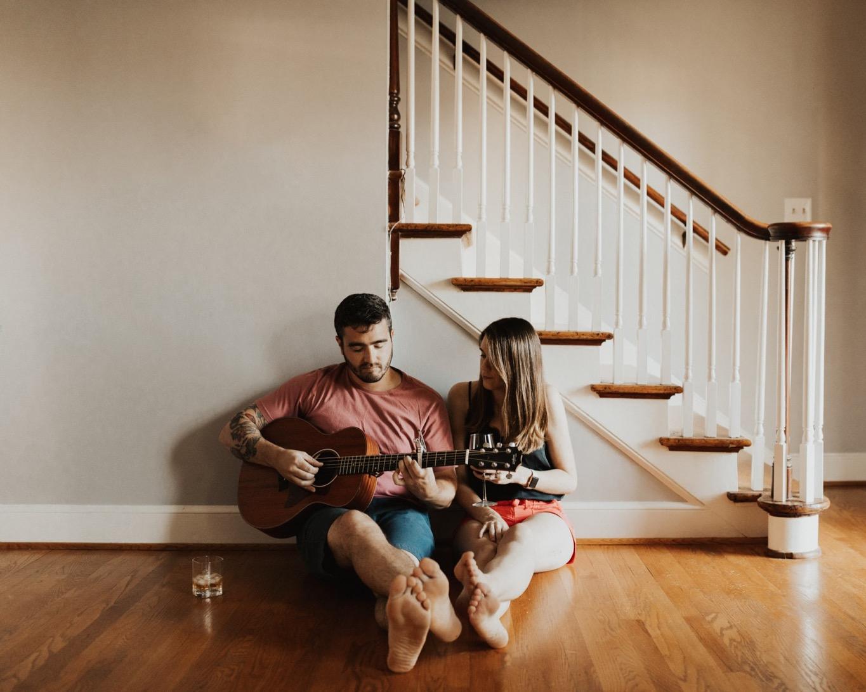 06_Roanoke Engagement Photographer - Pat Cori-12_Virginia_home_Inhome_roanoke_Portraits_Engagement.jpg